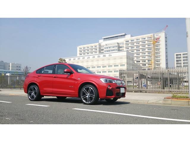 BMW X4 実用性はセダンと同じ水準